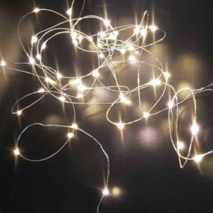 Φωτάκια σε σύρμα ασημί, 30 LED, 3m με Μπαταρία, ψυχρό λευκό φως κωδ: 27-00600